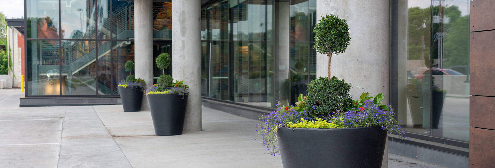 contact-north-metro-company-landscaping.jpg